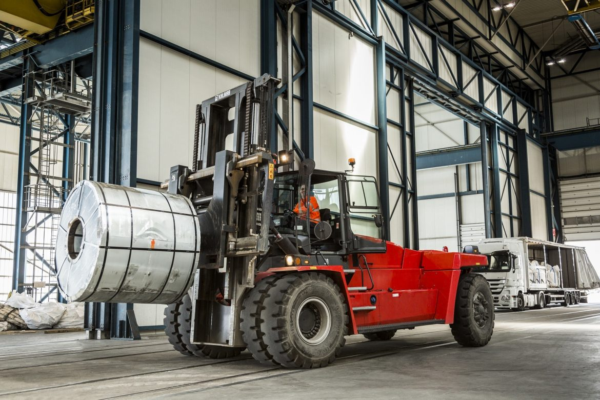 Hire Forklifts in Queensland and Brisbane with Ease